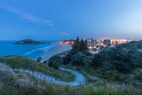 bayofplenty bluehour coast landscape mountmaunganui nz newzealand