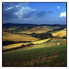 Tuscany_Fuji_Provia100