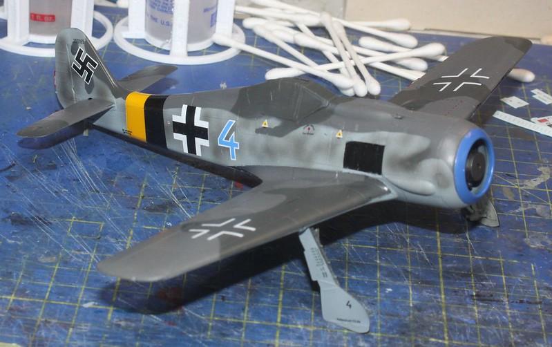 Focke-Wulf Fw. 190A-8, Eduard 1/48 (Kollobygge II) - Sida 3 49177230766_b67329cd12_c