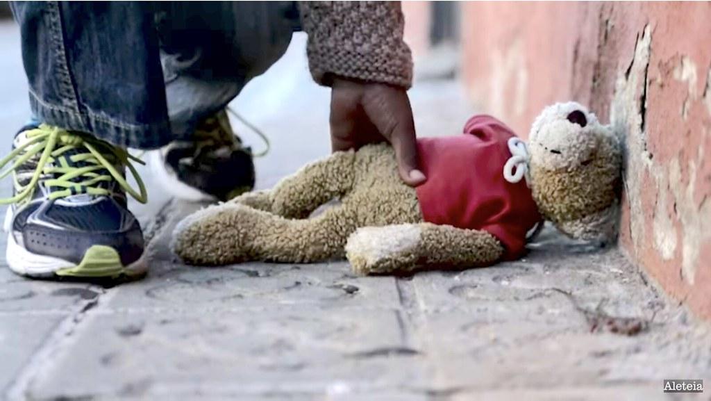 El Papa pide rezar por los niños marginados y los que han sufrido abusos