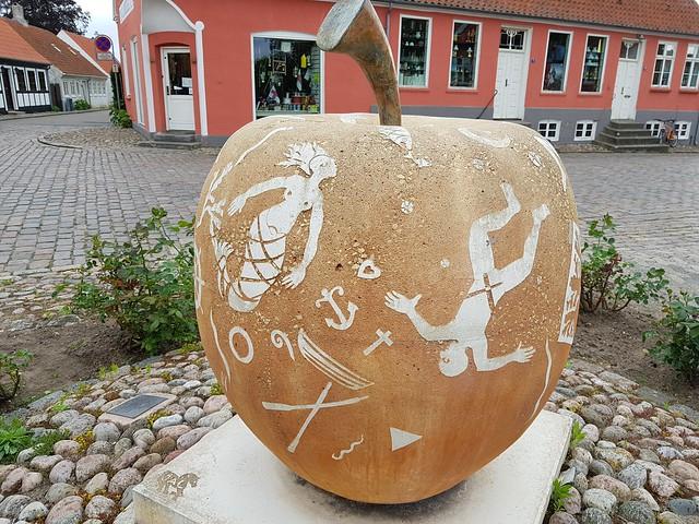 Ebeltoft apple