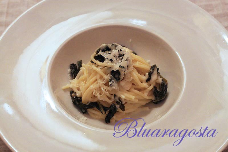 05-spaghetti cavolo nero e crema di pecorino di Pienza
