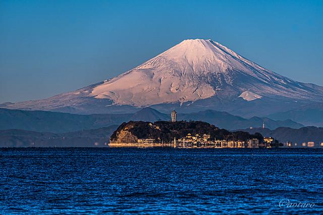 Mount Fuji and Enoshima island