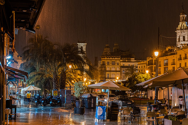 The Rain In Spain ( Plaza de la Reina - Valencia) (High ISO) (Panasonic S1 & Sigma DN 45mm f2.8 Prime) (1 of 1)