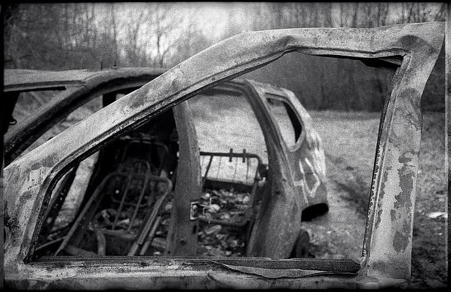 Carcasse de voiture