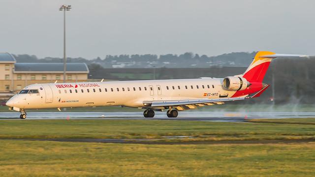 EC-MTO - Iberia Regional CRJ1000 @ Cardiff Airport 06/12/19