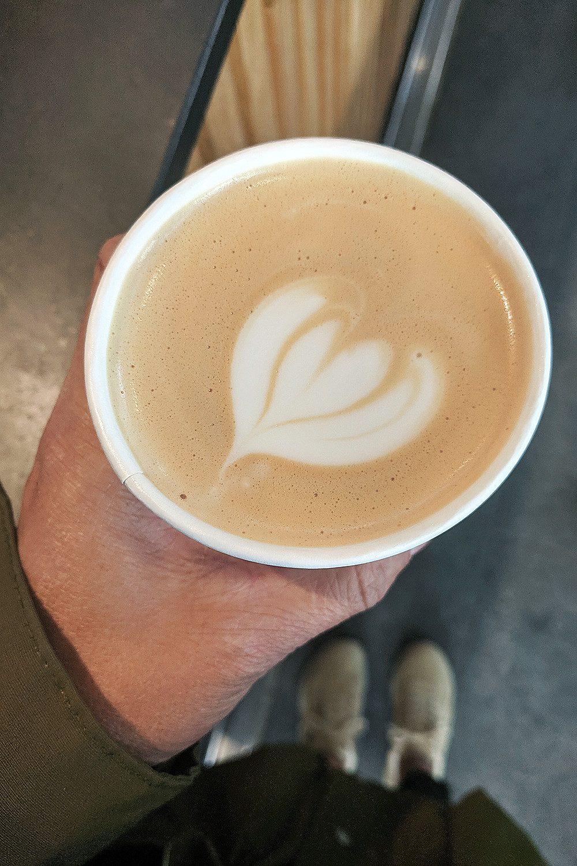 07copenhagen-denmark-thecoffeecollective-coffee-latte-travel