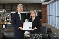 Ministra Rosa Weber recebe o Embaixador da Coreia do Sul, Chan-woo Kim, em 06.12.2019.
