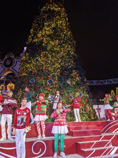 December 6: Tree Lighting