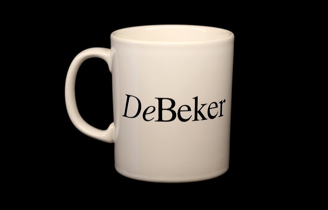 De Beker = The Mug