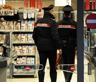 carabinieri-supermercato-a