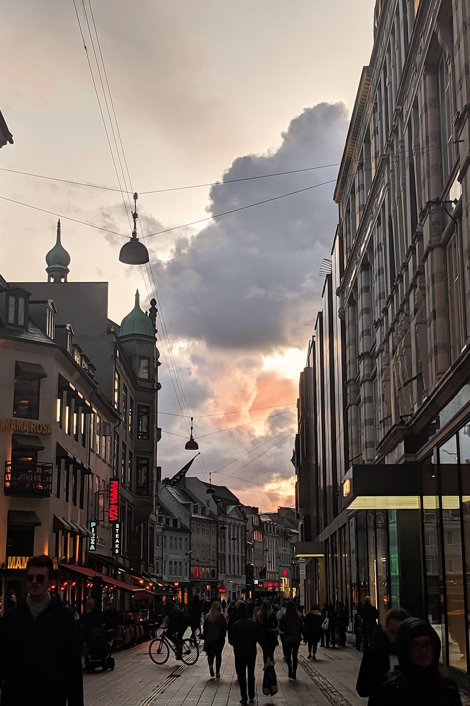 21copenhagen-denmark-stroget-sunset-travel