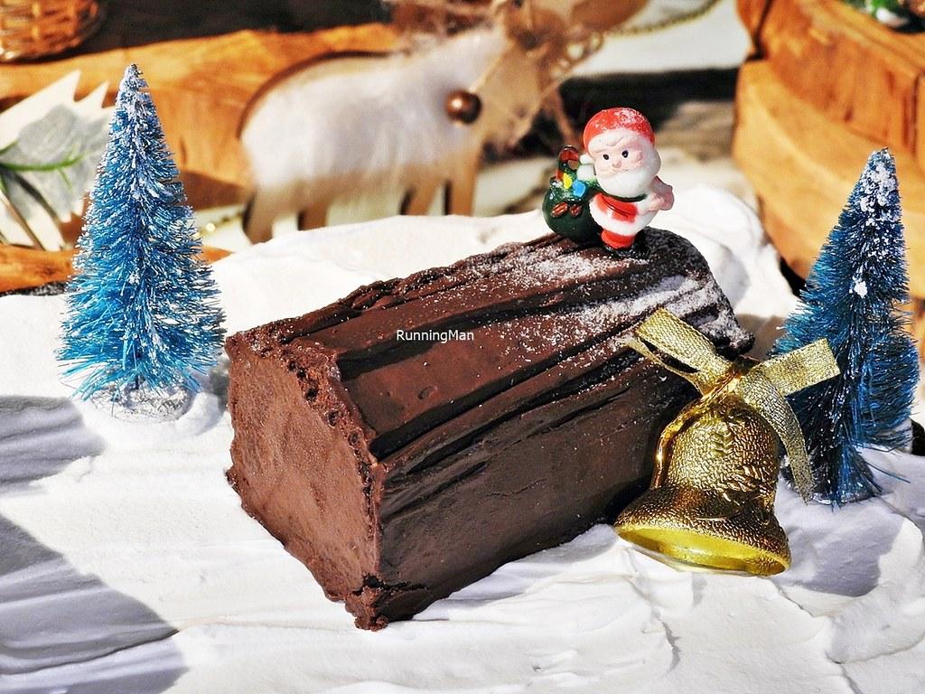 Handcrafted Mini Chocolate Log Cake