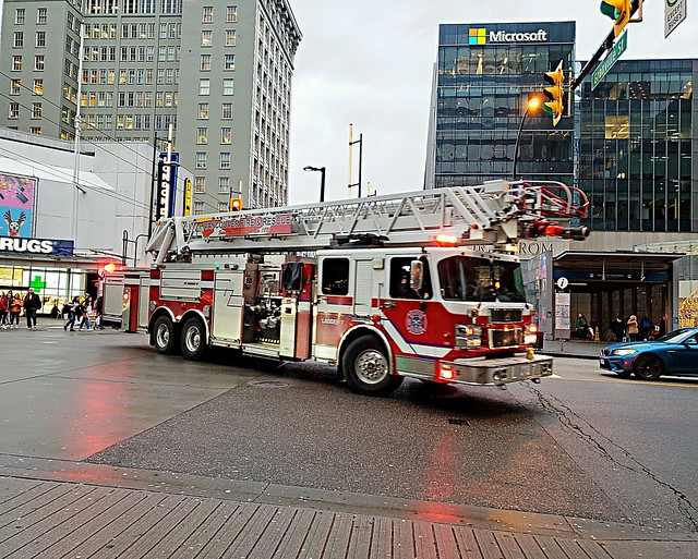 Vancouver, BC Ladder 7 (B9175)