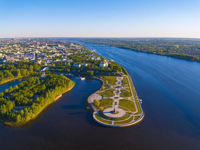 Arrow Park on the Volga River. The city of Yaroslavl.