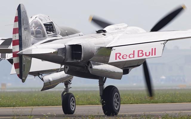 Flying Bulls P-38L