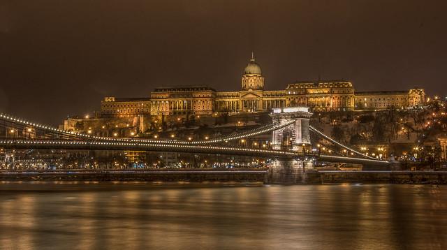 Budapest night / Buda Castle