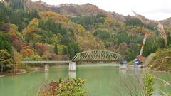 1桁間流失し復旧工事中の第五只見川橋梁