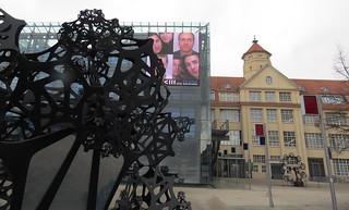 Karlsruhe - beim ZKM (Zentrum für Kultur und Medien)