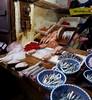 Chez le poissonnier, ras Cheratine, médina de Fès el Bali, Fès, Maroc.