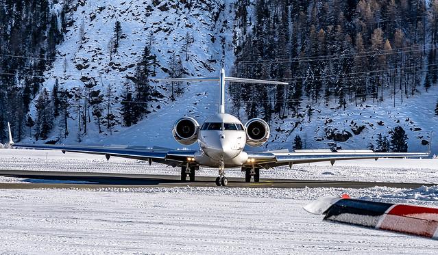 SMV LSZS / NetJets / Bombardier Global 6000-BD-700-1A10 / CS-GLC