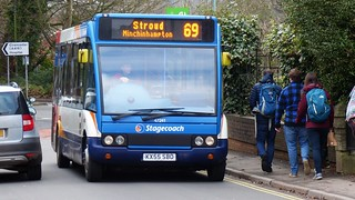 I do need to snap buses somewhere else as this is my 22nd shot of Stagecoach KX55 SBO.  (:0)