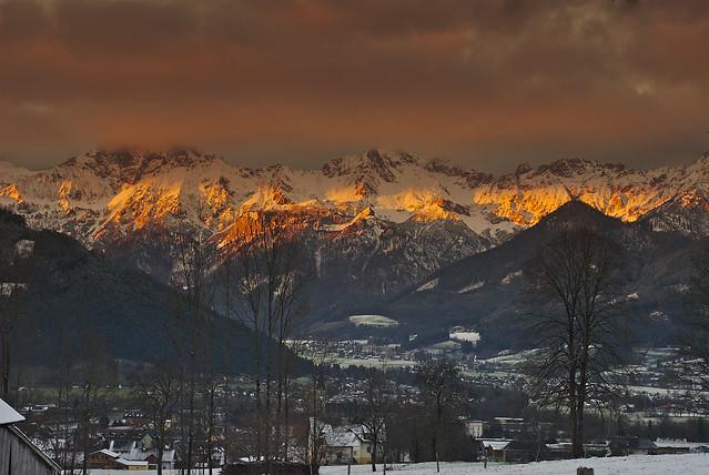 Alpenglühen über Admont