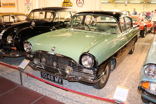 Vauxhall Cresta PA 5048MV