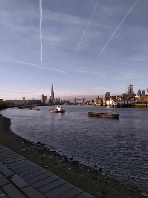 Thames Path - somewhere in Rotherhithe