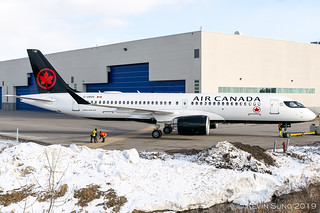 Air Canada | Airbus A220-300 (CS300) | C-GROV | YMX | by Kevin Sung