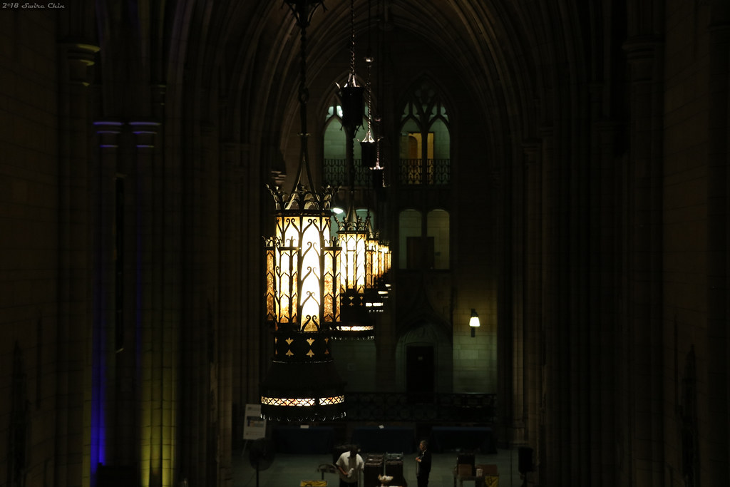Cathedral of Learning lights