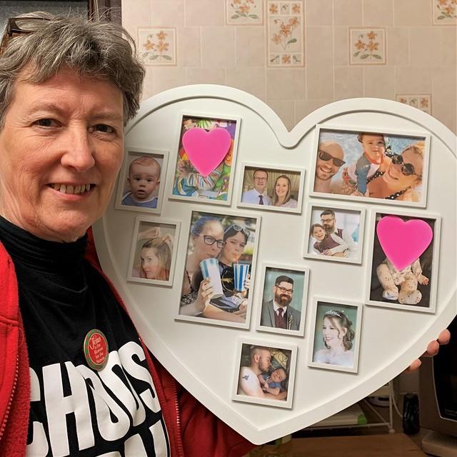 341 2019 heart frame photos of the family