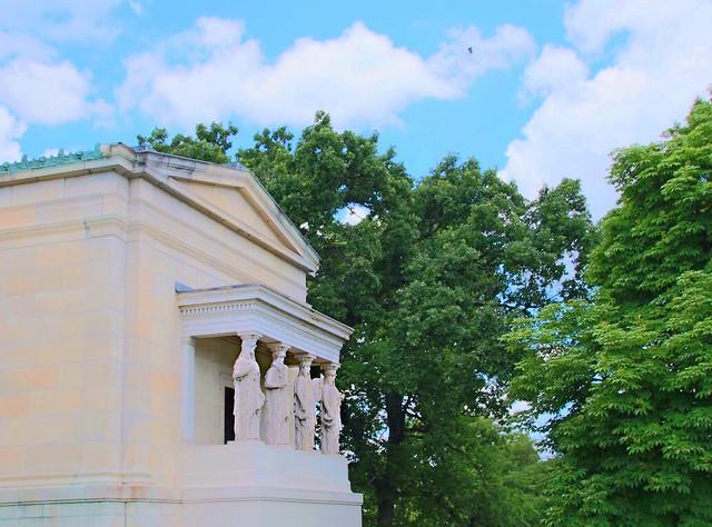 Buffalo NY ~ Albright-Knox Art Gallery ~ Historical Building
