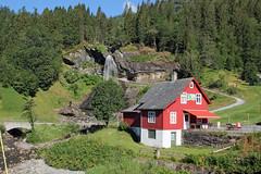 Steinsdalfossen