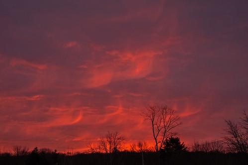 smack53 redsky sky clouds cloudy cloudysky sunrise morning morningsky nikon coolpix p7000 nikonp7000 nikoncoolpixp7000 paintedsky