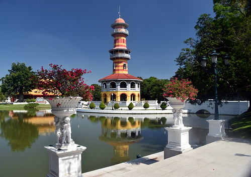 thailand bangpain tropical november sunny sunshine hot temple palace