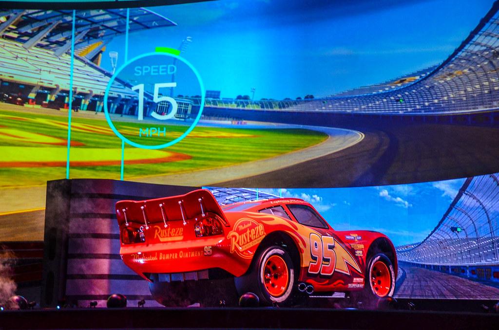 Lightning racing Lightning McQueen Racing Academy DHS