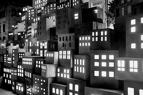 street plaça plaza santjaume plaçasantjaume door window windows balcony city ajuntament barcelona building column architecture decor decoration light lights shadow shadows mono monochrome blackandwhite absoluteblackandwhite night nightview nightshot outside outdoor