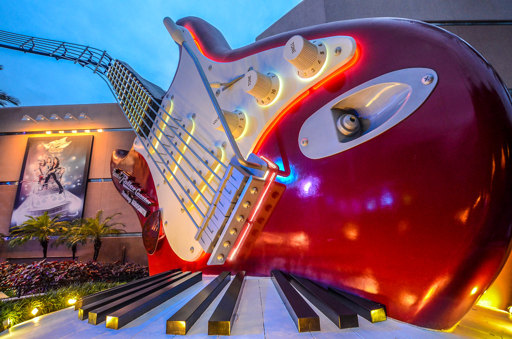 Guitar Rock n Roller Coaster DHS