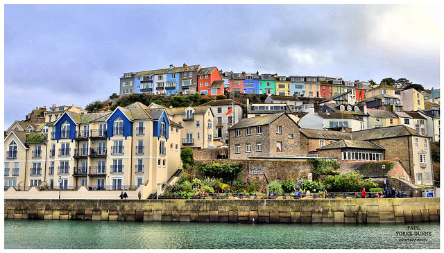 Multicoloured houses