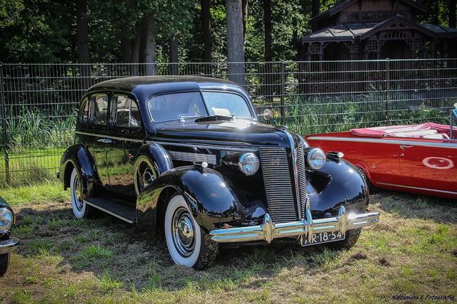 1937 Buick Eight - AR-18-54