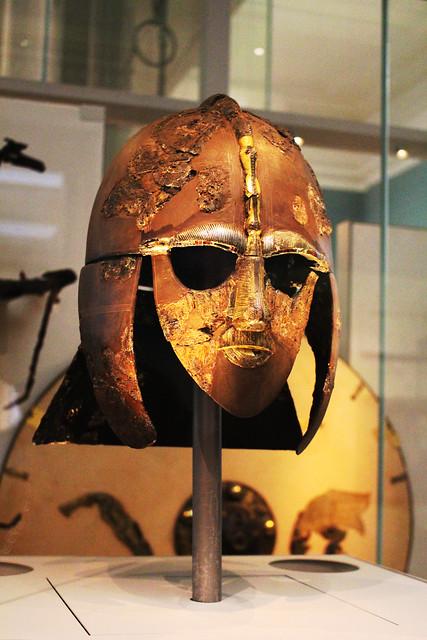 Sutton Hoo helmet / Шлемът от Сътън Ху
