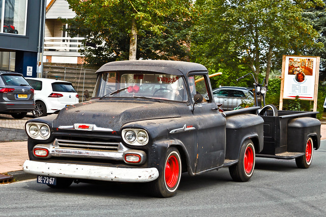Chevrolet 31 Apache Stepside Pick-Up Truck 1958 (9414)