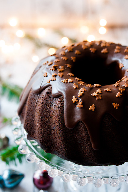 Christmas Chocolate Gingerbread Cake