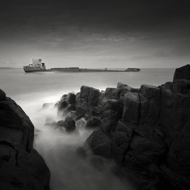 The Dark Beauty_Ship series 2