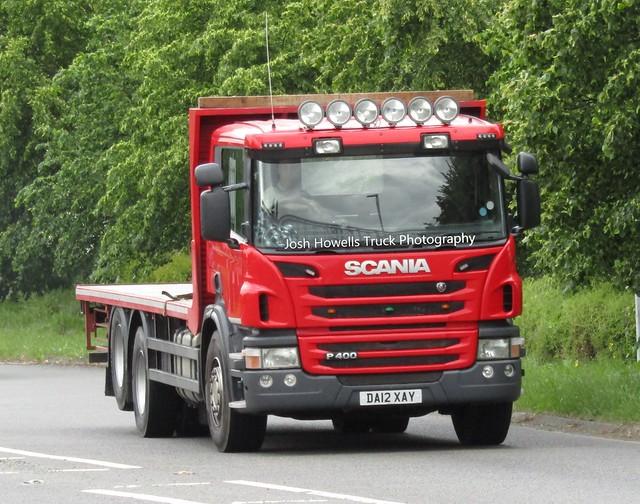 Evans Transport DA12 XAY At Welshpool