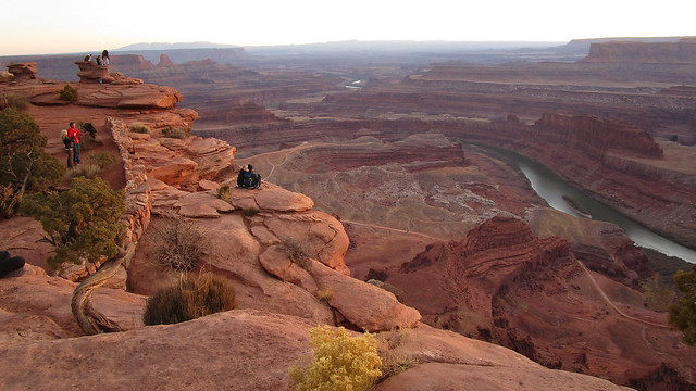 Utah - Dead Horse Point SP -- Waiting for Sunset @ Dead Horse Point
