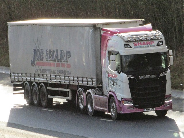 Joe Sharp International, Scania S520 (MV19UEF) On The A1M Northbound