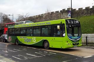 13520. Harrogate Coach Travel YN05WKJ. York, 2019.