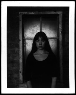 Kim polaroid portret 2